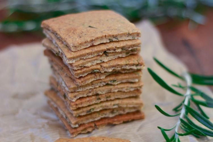 Crackers de alecrim